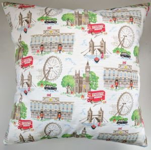 "Cushion Cover in Cath Kidston White London Red Bus Eye 14"" 16"" 18"" 20"""